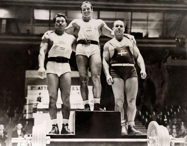 سلبریتی های مشهوری بوده اند که سابقه حضور در مسابقات المپیک و بدست آوردن مدال به عنوان ورزشکار را داشته اند