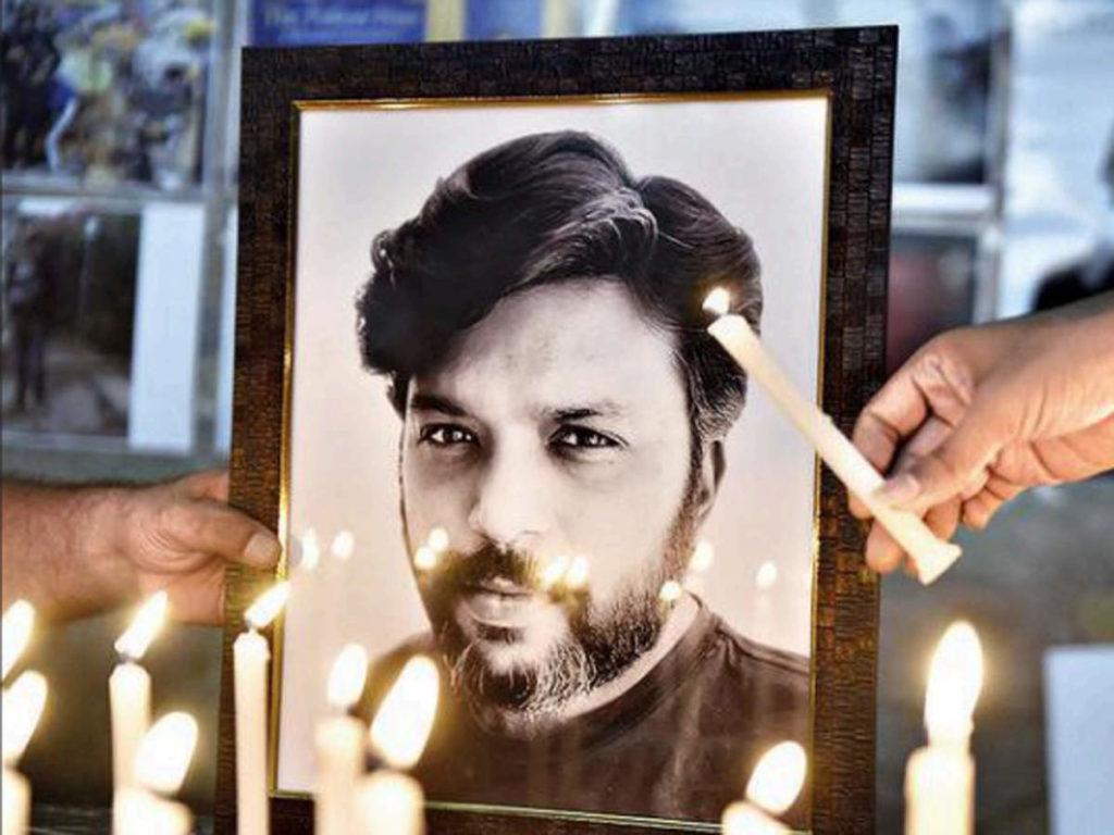 رفتار هولناک شبه نظامیان طالبان با جنازه دانش صدیقی، خبرنگار برنده جایزه پولیتزر