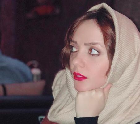 حوریه مقدم ؛ بازیگر سینما و تلویزیون از علاقه اش به موتورسواری کراس و موسیقی می گوید