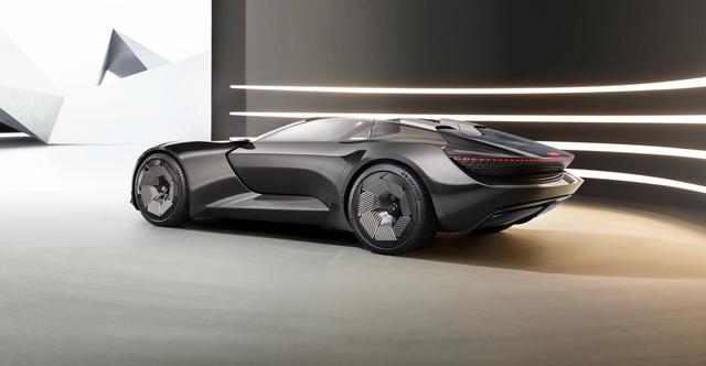 تازه ترین خودرو مفهومی آئودی (Audi) با نام skysphere، به گفته این کمپانی هم خودران و هم دارای راننده انسانی خواهد بود.