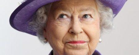 پیام تبریک ملکه بریتانیا به کیم جونگ اون به مناسبت روز ملی کره شمالی