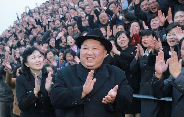 کیم جونگ اون رهبر کره شمالی با حضور در یک ویدیو پروپاگاندایی لاغرتر از هر زمان دیگری ظاهر شد اما دولت صحبت در مورد سلامت او را ممنوع کرد.