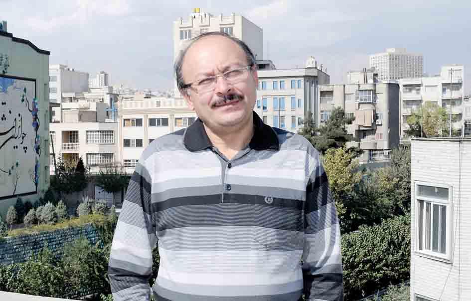 خبر اخراج بیژن عبدالمالکی استاد فلسفه دانشگاه آزاد واحد تهران شمال یکی از آن خبرهای پرسروصدا بود که گمانه زنی های بسیاری را در پی داشت.