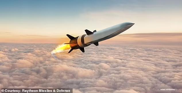 ارتش ایالات متحده می گوید که با موفقیت یک سلاح هایپرسونیک اسکرمجت را که 5 برابر سریع تر از صوت حرکت می کند با موفقیت آزمایش کرده است.