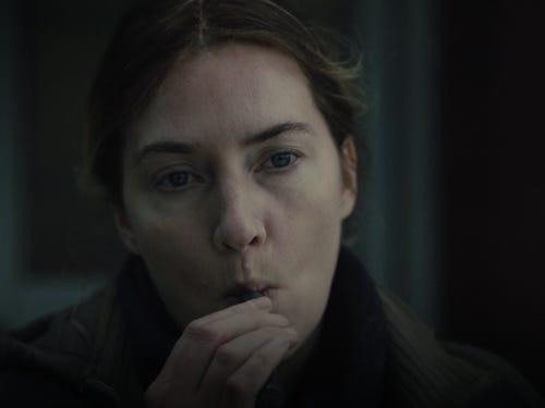 به طور کلی سریال Mare of Easttown سریالی بسیار پرطرفدار شد و همین موضوع باعث شد گمانه زنی هایی در مورد ساخت فصل دوم این سریال منتشر شد