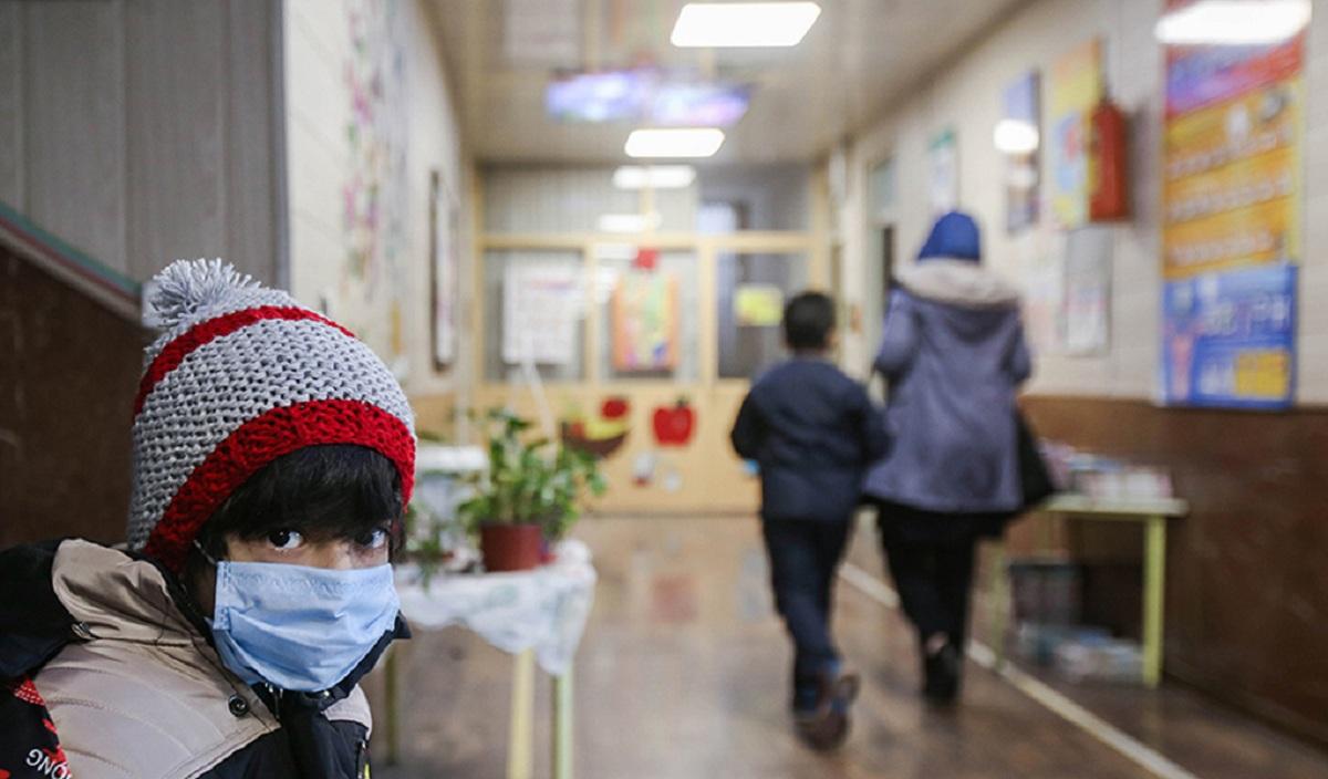 انتشار خبر ممنوعیت تحویل کارنامه تحصیلی فرزندان به مادران آن ها در روزهای اخیر بسیار خبرساز شده و واکنش های زیادی را در پی داشت