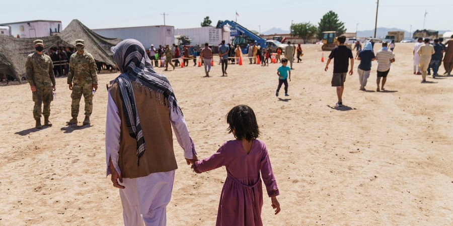 تصاویری از پایگاهی در آمریکا که محل اسکان پناهجویان افغان شده