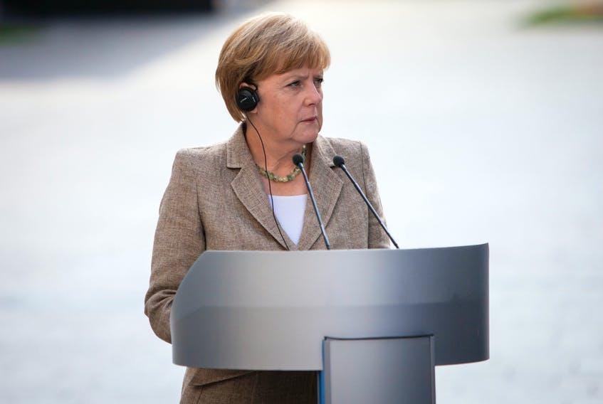 آنگلا مرکل (Angela Merkel) سیاستمداری آلمانی است که به خاطر دوران طولانی حضورش در جایگاه صدراعظم آلمان و معمار اتحادیه اروپا شناخته می شود.