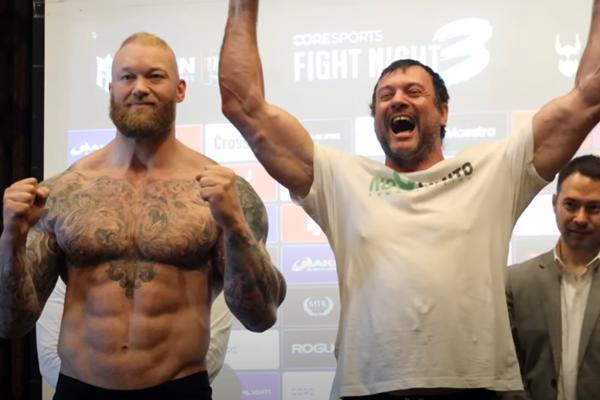 هافثور جولیوس پی یرشون (Hafþór Júlíus Björnsson) بازیگر سریال Game of Thrones از تصاویری از بدن عضلانی خود برای مسابقه بزرگ بوکس