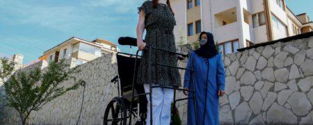 بانوی ترکیه ای قد بلند ترین زن جهان شد