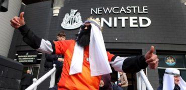 نماینده مجلس انگلیس هواداران نیوکاسل را به خاطر رقص و پایکوبی عربی «بیعقل» خواند
