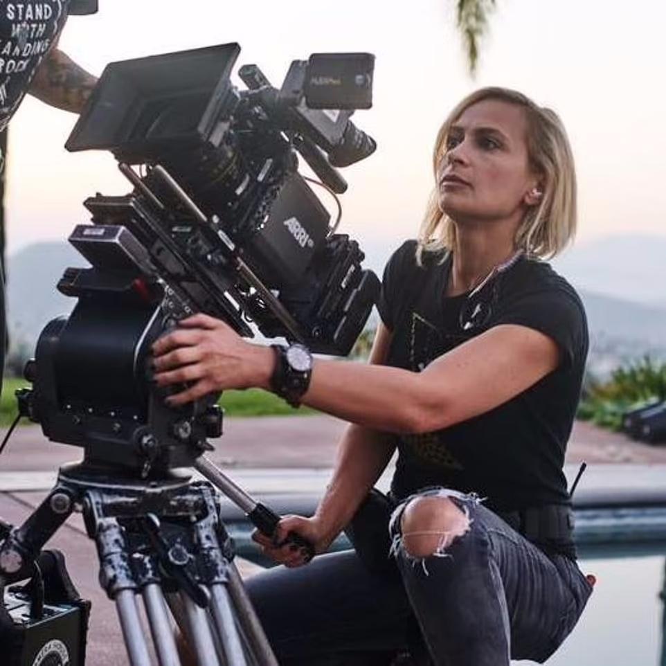 روزیاتو: کشته شدن فیلمبردار و زخمی شدن کارگردان در اثر تیراندازی تصادفی ستاره مشهور هالیوودی