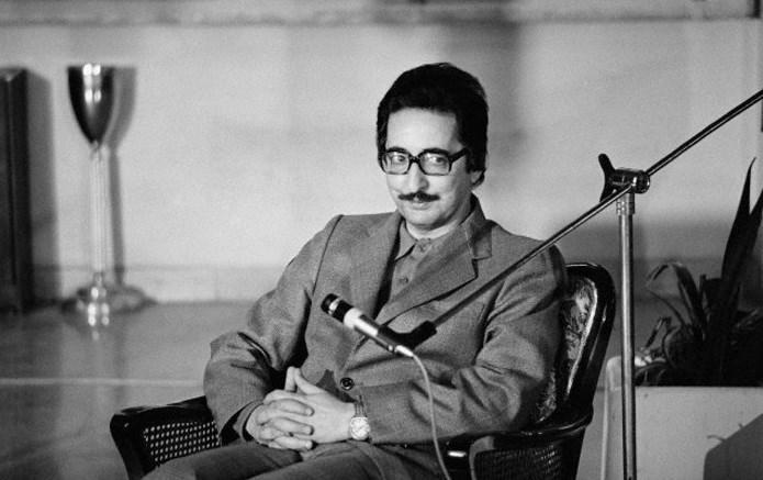 ابوالحسن بنی صدر اولین رییس جمهور تاریخ ایران در سن ۸۸ سالگی درگذشت