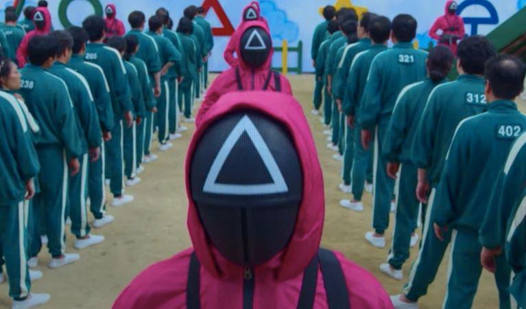 سریال کره ای Squid Game به سرعت به یکی از پربیننده ترین سریال های تاریخ نتفلیکس تبدیل شده و محبوبیت آن نیز همچنان باثبات باقی مانده است.